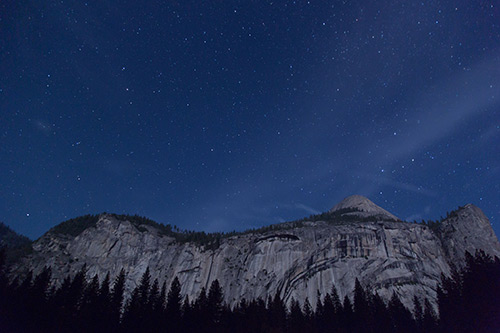 Starry Dusk Over the Mountains